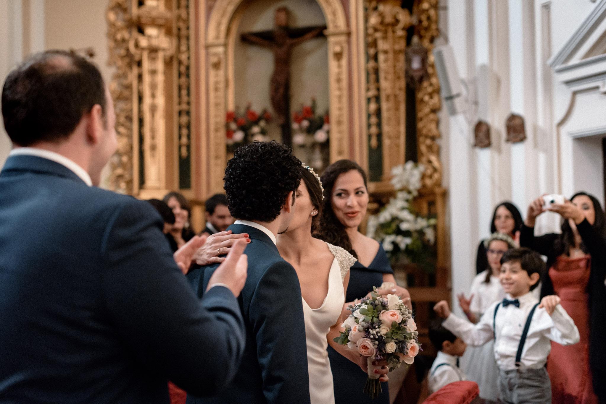 Boda en Ermita Virgen del Puerto - el beso