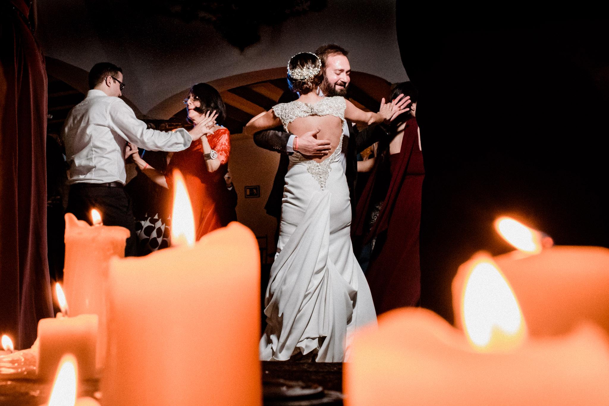 Boda en Ermita Virgen del Puerto - bailando con el suegro